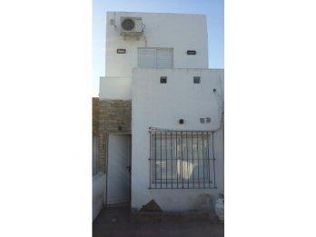 Vendo hermoso duplex (zona el portal)