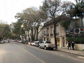 VENDEMOS GRAN CASA DE ESTILO EN ZONA PARQUE