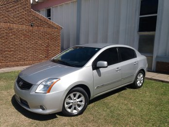 Nissan Sentra 2011, impecable!