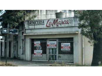 VENDO EXCELENTE ESQUINA COMERCIAL. La Paz y Av. Ramirez