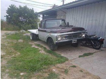 Ford f100 perkins 6 duales.