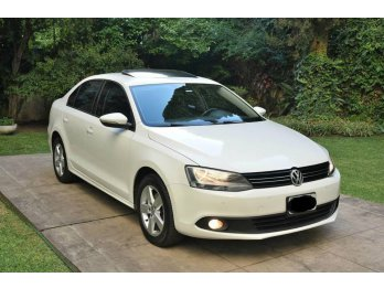 vendo VW Vento 2013 2.0 TDI Luxury MT (140cv) , 1ra mano