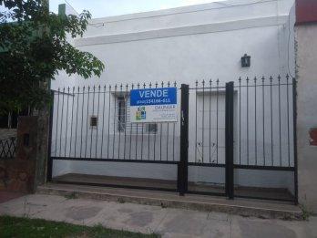 VENDO PROPIEDAD CALLE MARÍA CURIE