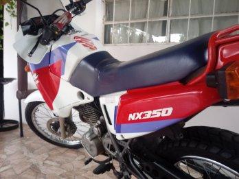 Vendo!!! única NX350 Sahara solo contado..