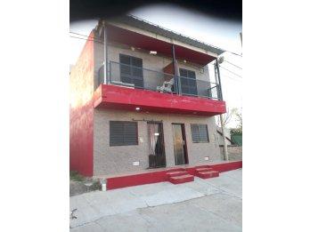 Alquilo Duplex  en  calle Rondeau  dos dormitorios