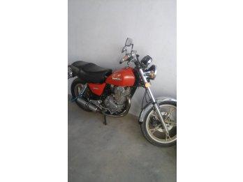 Suzuki GN400