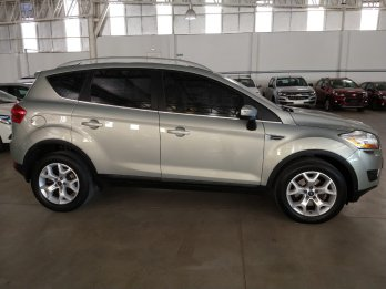 FORD KUGA TITANIUM 4X4 AT 2.5 NAFTA 2010