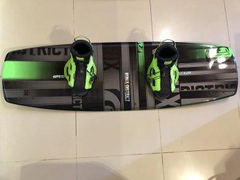 Equipo de wakeboard ronix nuevo