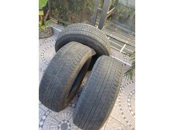 Vendo 3 cubiertas Bridgestone 265/65/17