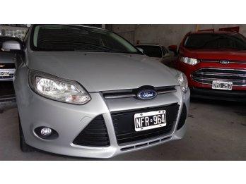 Ford Focus 3 nafta 1.6 S 4puertas/Linea/14. Liquido!!!