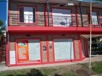 Alquilo Local Comercial zona Paracao planta  baja