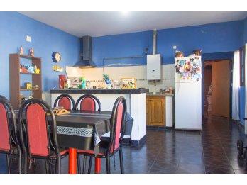 Venta Casa 1 Dormitorio Terreno De 400 m² /Zona El Puerto