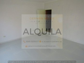 ALQUILO LOCAL EN EXCELENTE ESQUINA ZONA CENTRO