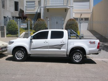 Toyota Hilux SRV 2012 4x4 AT - Recibo menor valor - Financio
