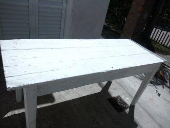 Mesa de campo antigua