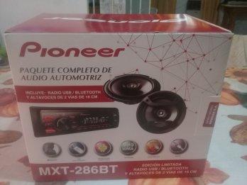 Estéreo Pioneer