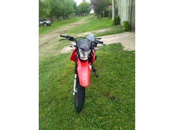 vendo xr 150 rally, pago diferencia