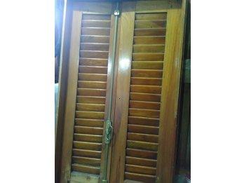 Ventanas de madera con marcos