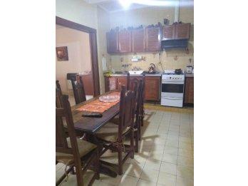 vendo casa calle CONCORDIA A MTS. DE PARAGUAY. PARANA