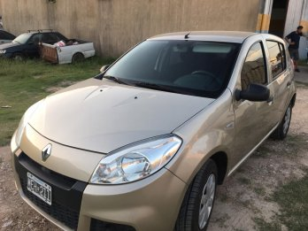 RENAULT SANDERO AUTHENTIQUE PACK