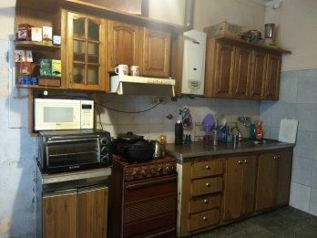 Vendo propiedad de 4 habitaciones , calle ALEJANDRO CARBO
