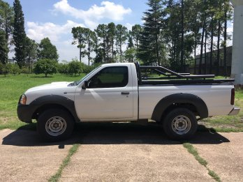 Nissan Frontier Cabina Simple
