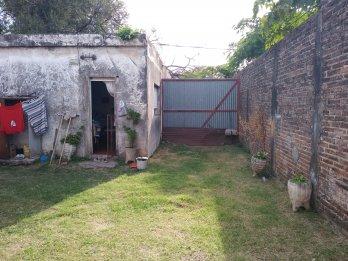 Casa c/galpon calle Rondeaux
