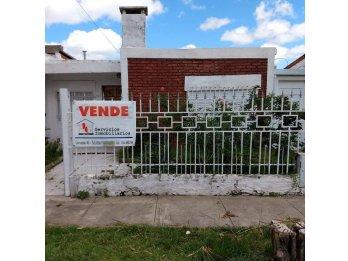 VENDE CASA ZONA PARACAO 2 DORM
