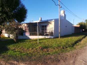 ATENCION VENDO CASA COLONIA AVELLANEDA!! OPORTUNIDAD