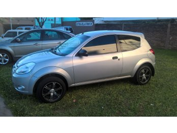 Ford KA 1.6 Fly Viral     /    2010