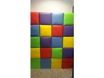 Puff tapizados cuerina de colores