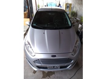 VENDO HERMOSO FORD FIESTA 1.6L SE KINETIC