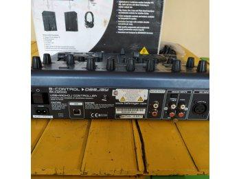 Controlador Dee Jay BCD 2000 Behringer