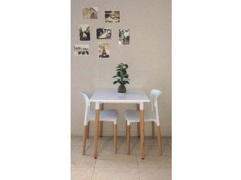 Vendo Mesa de diseño Eames 070 X 070 NUEVA C/DETALLE
