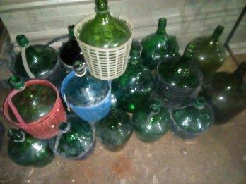 Damajuanas 5lts x 24u más 2 x 10lts decorar etc etc