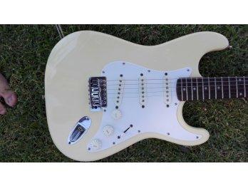 Guitarra Squier by Fender , Korea de los 90