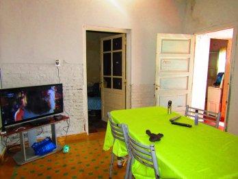 Vendo casa zona Perez Colman y Sudamérica, a reciclar