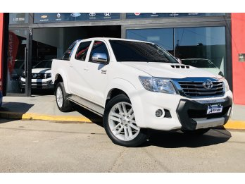 HILUX SRV CUERO 4X2 FINANCIAMOS