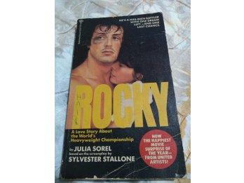 Libro en inglés ROCKY