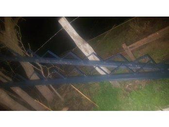 Escalera de hierro doble t 8 muy fuerte
