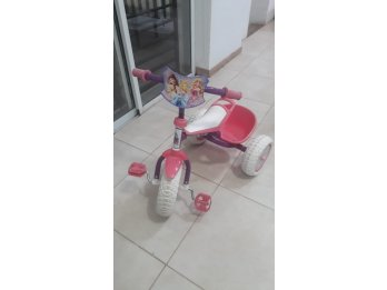 Triciclo infantil Disney Princesas
