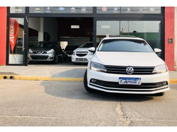 VW VENTO TSI COMFORTLINE FINANCIAMOS