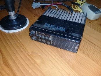 Vertex UHF completa radio remis