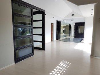 Departamento 2 dormitorios con cochera - Zona parque