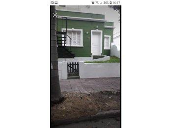 Oportunidad particular alquila casa 4 ambientes céntrica