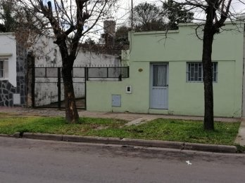 Hermoso lote URBANO con  T/ servicios (calle  P.GRELLA)