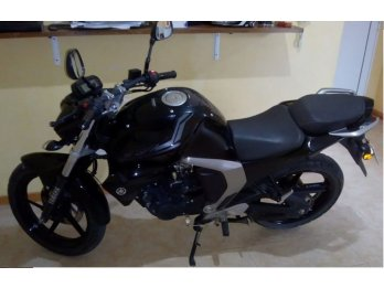 Moto de Ciudad. Yamaha. FZ FI