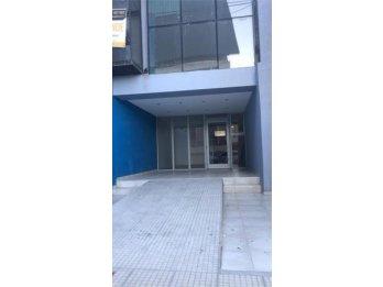 Alquilo Local/oficina ~ Calle Santa Fe 260