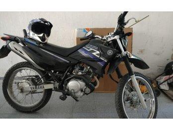Vendo o Permuto moto YAMAHA xtz 125