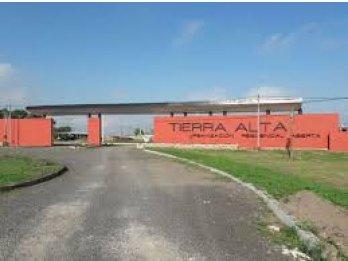 VENTA LOTE DE 900M2 EN ESQUINA TIERRA ALTA 2.-